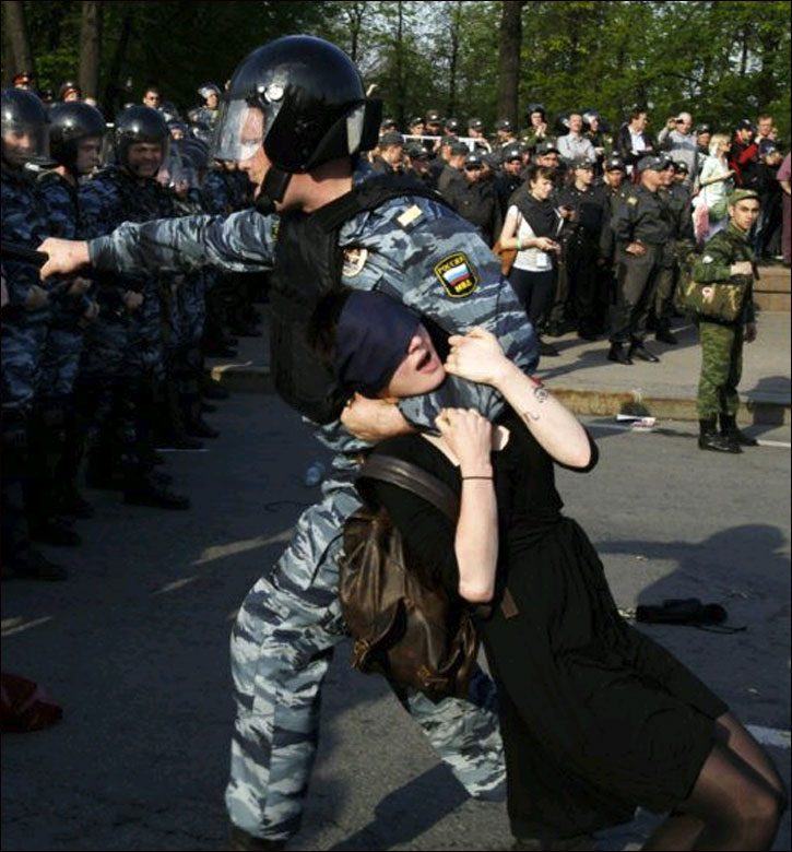 Moscow, 6 May 2012. Photo by Sergei-Loiko